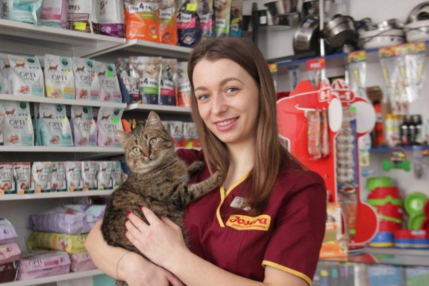 ветеринар з котом